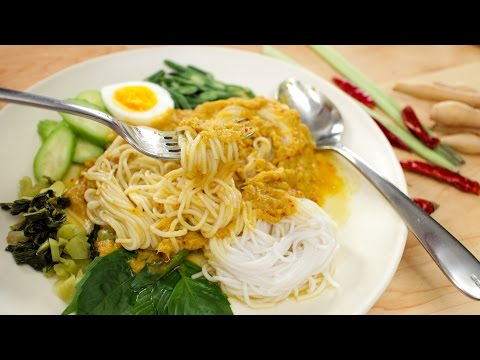 Kanom Jeen Namya Recipe (Rice Noodles W/ Fish Curry) ขนมจีนนำ้ยา- Hot Thai Kitchen!