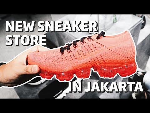 Toko Sneakers & Streetwear Baru di Jakarta Bahasa Indonesia