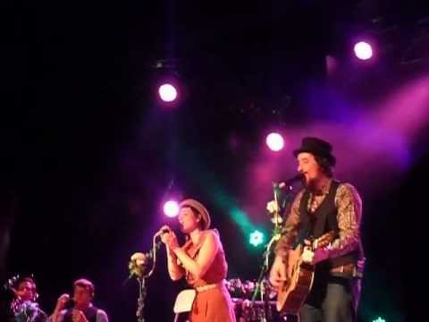 """You`re the one that I want"" - Cover - gesungen von Mrs.Greenbird - Hamburg 27.3.2013"