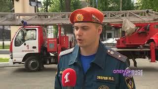 Крупный пожар в двухэтажке на улице Угличской тушили четыре часа