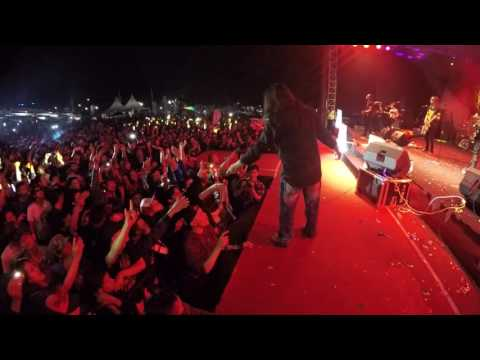 Powerslaves - Jika Kau Mengerti & Malam Ini Medley ( Live at Magelang )