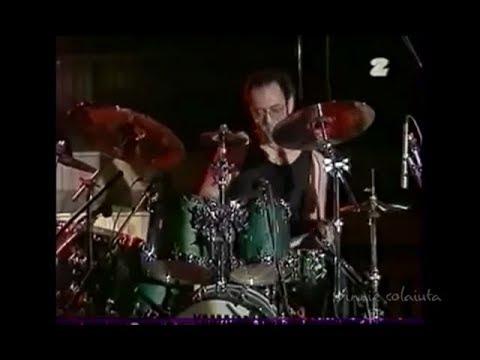 Vinnie Colaiuta - furious drum solo