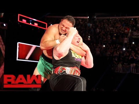 Samoa Joe traps Brock Lesnar in the Coquina Clutch: Raw, June 26, 2017