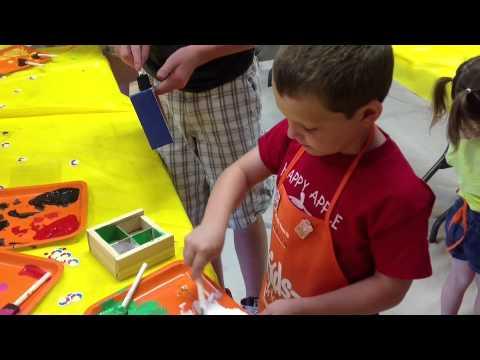 Gavin prosory craft day at home depot starting a craft for Kids crafts at home depot