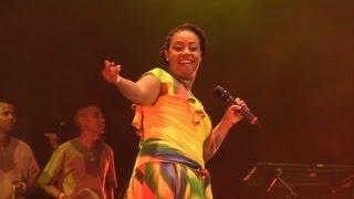 Linzy Bacbotte : 25 ans de carrière en chanson