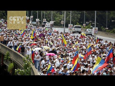 Thousands protest suspension of referendum in Venezuela