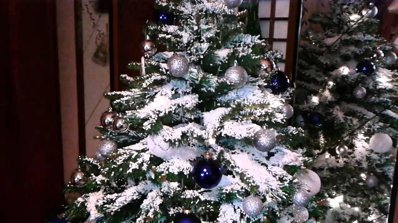 Foto Con La Neve Di Natale.Albero Di Natale Con Neve Di Polistirolo Youtube