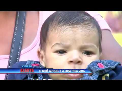 Pequeno Miguel luta pela vida