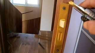 видео Врезные замки Для деревянной двери