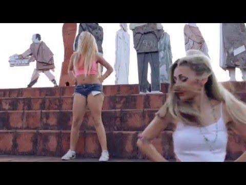 Girls dancing to African Scream - Firenze Talent Music