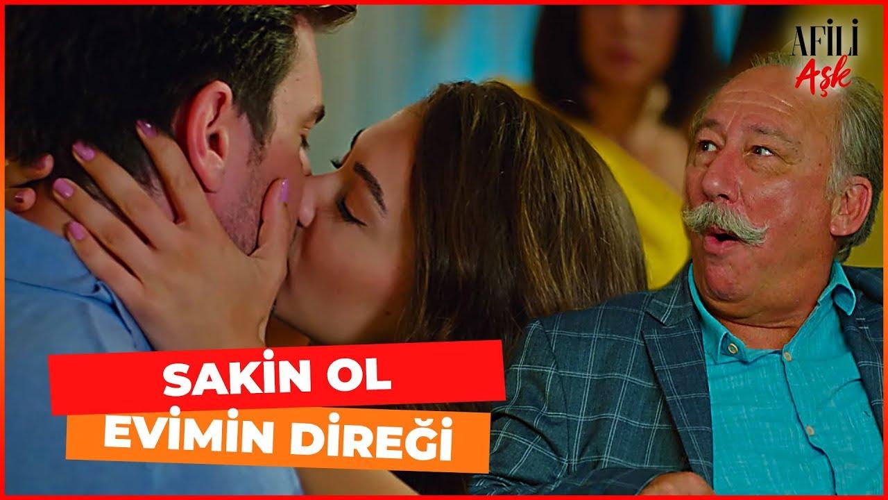 Ayşe, Kerem'i Herkesin İçinde ÖPTÜ! - Afili Aşk 18. Bölüm