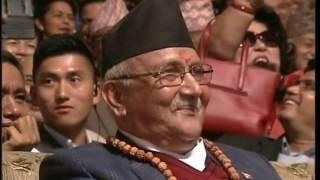 Manoj Gajurel -Dhurmus Comedy केपी 'धुर्मुस' ओली र पुष्प 'मनोज' दहाल Dance