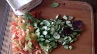 Витаминный салат с сыром Фета
