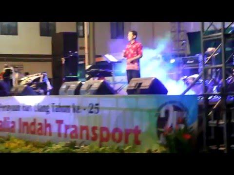 Simphony Yang Indah _ Live Perform @ Rosalia Indah