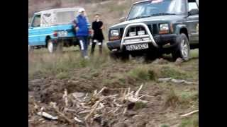 Jeep Cherokee Off-road mud hole part2