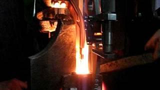 видео Сущность газовой сварки. Преимущества и применение газовой сварки
