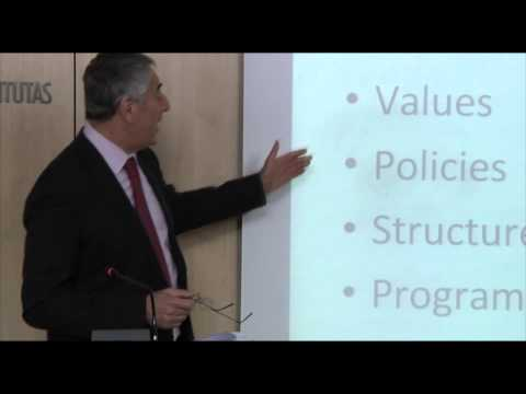 Video: Simon Maxwell on EU development policy at Kapuscinski development lectures / Vilnius