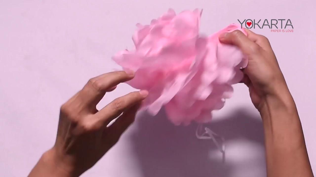 Diy pom pom video tutorial how to make perfect tissue paper diy pom pom video tutorial how to make perfect tissue paper flowers in under 5 min mightylinksfo