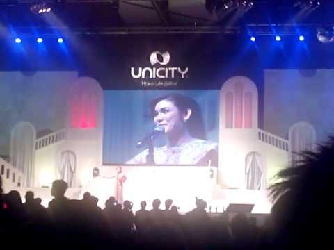 อ้อน เกวลิน new president saphire unicity 2013