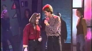 Sandra Kim & Luc Steeno - Bel Me, Schrijf Me (Super 50 februari 1990)