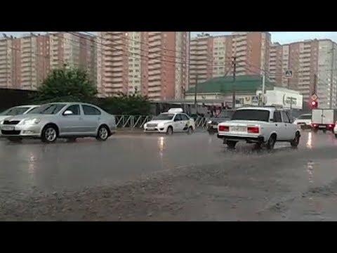 В поисках фарватера: в Краснодаре прошли сильные ливни