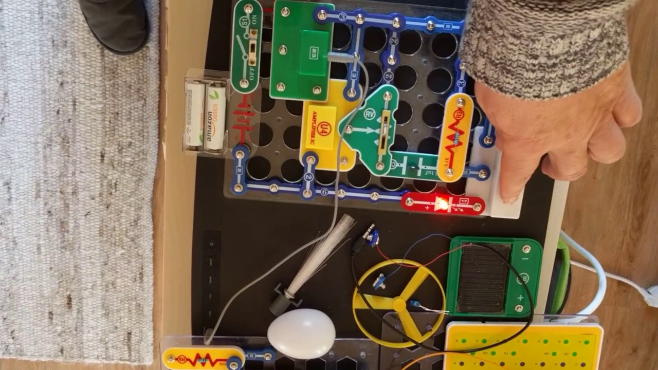 Snap Circuits Fm Radio Project With On Led Youtube Jr