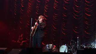 Lewis Capaldi - Hold Me While You Wait 04/05/19 Free Radio Live Birmingham Video