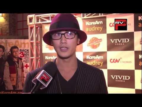 """赤西仁 英語インタビュー Jin Akanishi interview at """" Very Harold and Kumar 3D Christmas"""""""