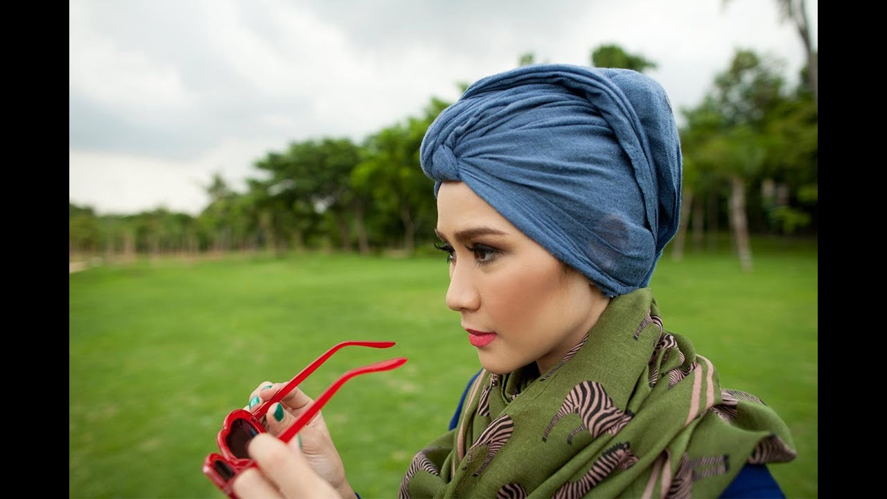 Tutorial Hijab Paris Segi Empat By Zaskia Adya Mecca YouTube