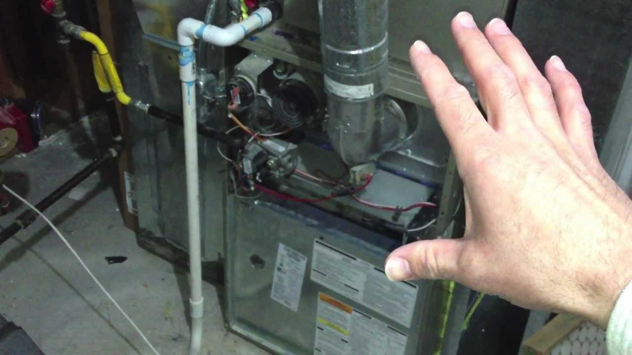 ERROR CODE 33 - Troubleshooting a Bryant Gas Furnace - YouTube