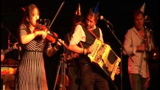 Eliza Carthy Wayward Band LIVE-Southwell Folk Festival  Mr  Walker.