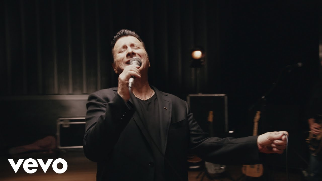 Steve Perry on Leaving Journey, Heartbreak and His New Album