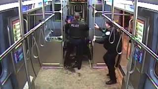 Man Sets Himself On Fire Inside a Subway Car as Police Try to Arrest him