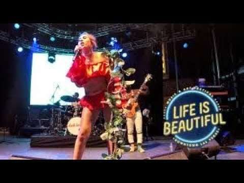[RE-UPLOAD] Kali Uchis Full Live Performance | Life Is Beautiful 2017
