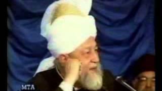 If one believes in Khilafat-ul-Masih then Is it Mandatory to do Bai't?