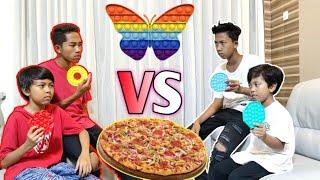 DITANTANG BOCIL CHALLENGE POP IT BERHADIAH PIZZA! SIAPAKAH YANG MENANG? | Mikael TubeHD
