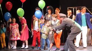 """Смотреть видео Театр РАМТ, на мюзикле """"Римские каникулы"""" Новосибирск. Поклон артистов онлайн"""