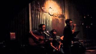 Tôn Cafe - Phượng Hồng - Acoustic Cover