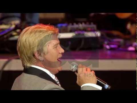 Jannie Moolman en Corlea Botha – Caruso (Afrikaans is Groot 2012)