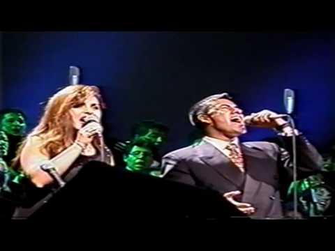 El Triunfo del Calvario Tonny Tamayo y Rocío Zapata Coro Vozandes