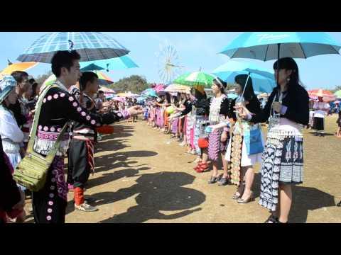 2014-2015 xyoog tshiab ban 3 tak  ปีใหม่ม้งบ้าน 3 อ.พบพระ จ.ตาก 2558