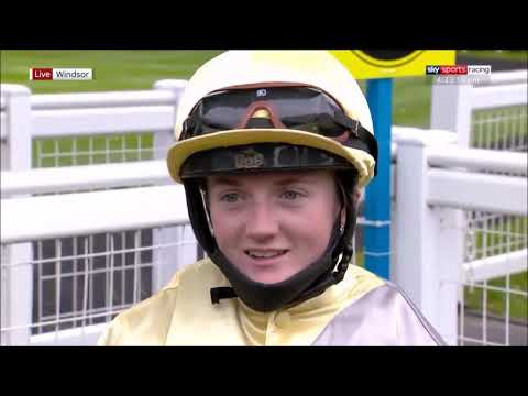 Hollie Doyle makes history at Windsor | The first female jockey to ride five winners on one card