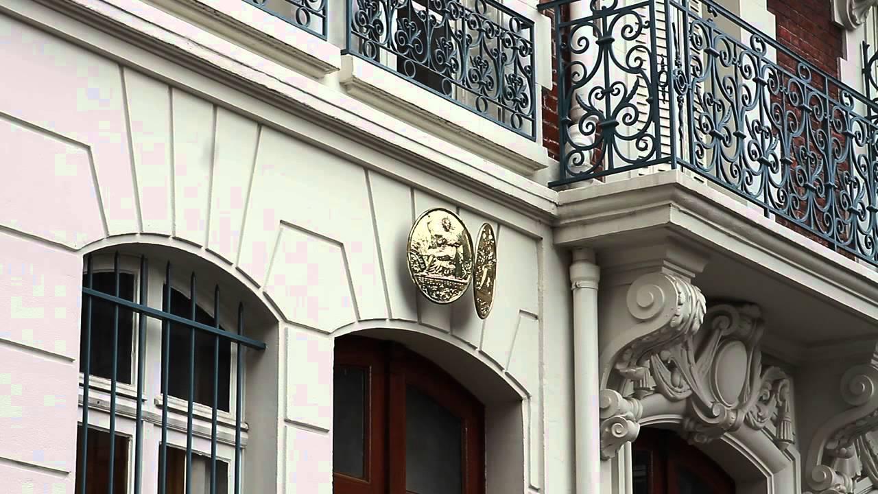 Chambre des Notaires de Paris  les symboles du notariat  YouTube