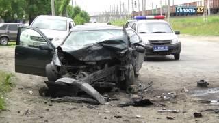 В Кургане столкнулись Audi А4 и Toyota Camry