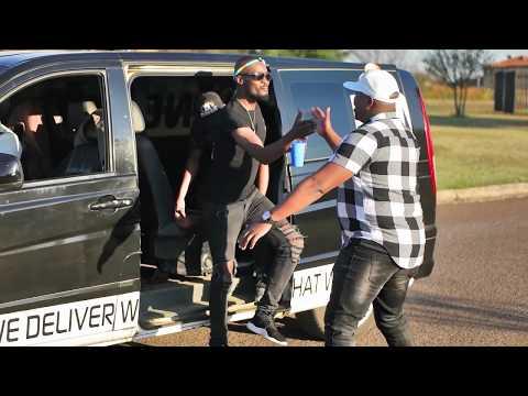 Beat Movement ft  Nhlanhla & Mangoli -  Makarina Official Music Video