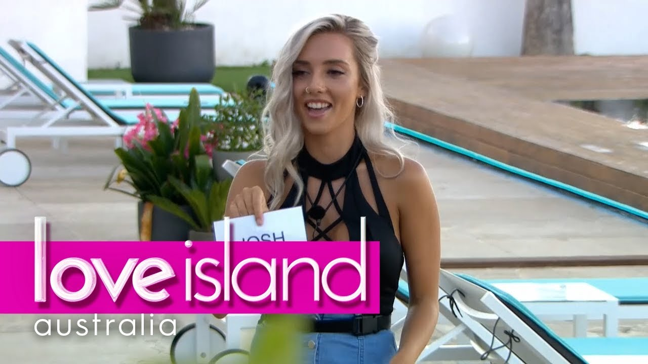 6c2d8e45d57 It's the Love Island Roast | Love Island Australia 2018 - YouTube