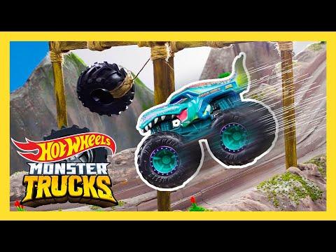 Bigfoot's SWINGING TIRE CHALLENGE!   Monster Trucks Tournament of Titans   @Hot Wheels  