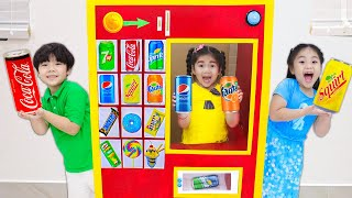 Annie and Suri Pretend Play with Vending Machine Kids Toy | Funny Story for Children