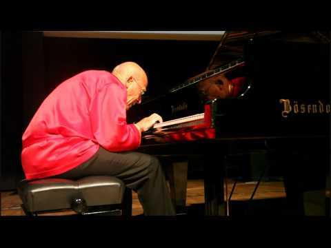 David Helfgott - Flight of the Bumblebee Live at Istanbul