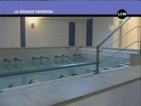 Les thermes de camoins les bains marseille youtube for Les bains de